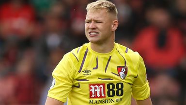 Howe: Ramsdale dictates who's No 1