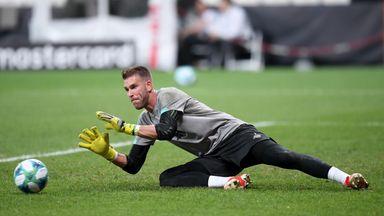 Van Dijk: Adrian will prove his qualities