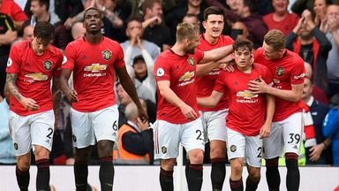 Neville: Man Utd will fight until the end
