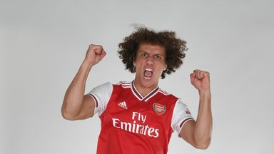 'Arsenal confirm Luiz signing'