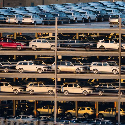 Car sector in 14-month slump