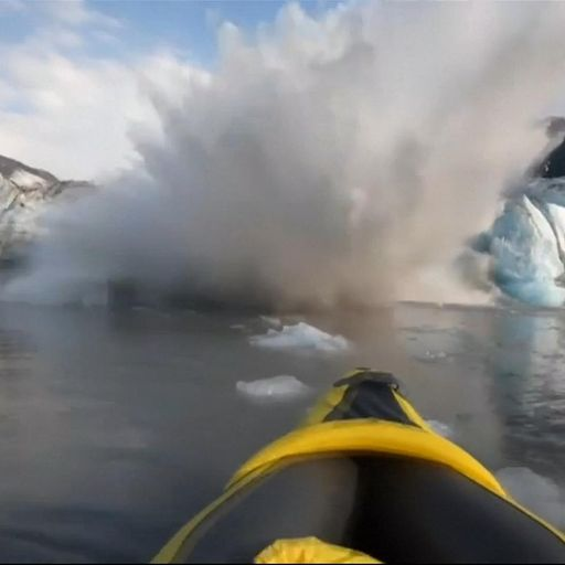 Kayakers 'lucky to be alive' after glacier collapse