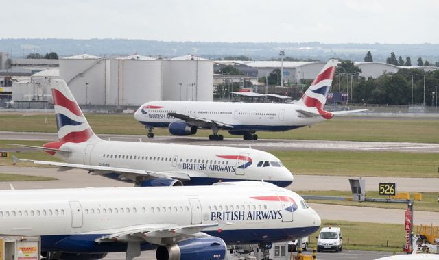 British Airways begins cancelling hundreds of flights ahead of further strike action
