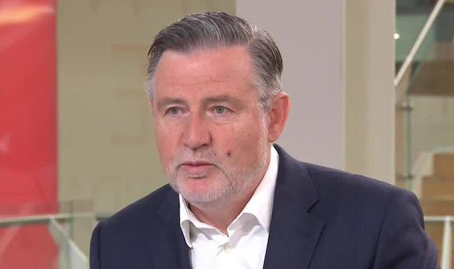 Labour MP Barry Gardiner criticised for breaking social distancing rules at Black Lives Matter protest