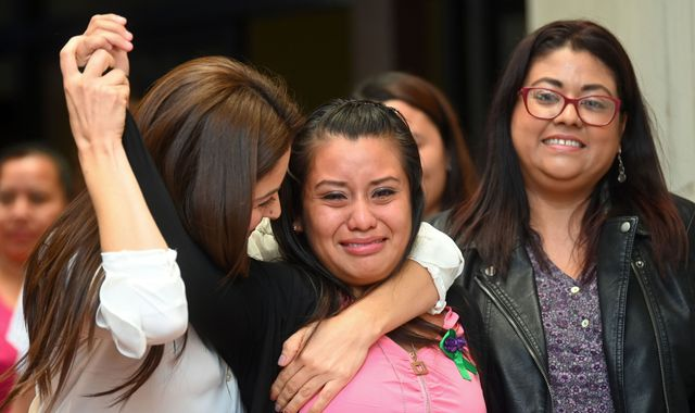 Evelyn Hernandez: Woman who gave birth to baby in toilet cleared of murder in El Salvador