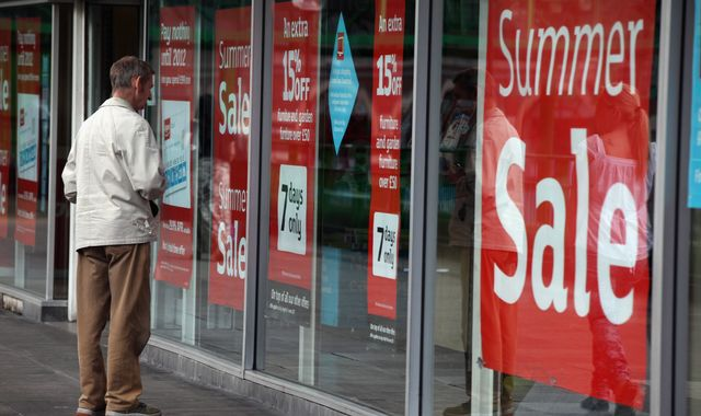 British retail sales crash in August as no-deal Brexit fears mount
