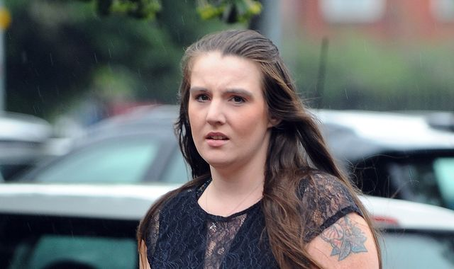 Woman who faked terminal cancer diagnosis to get free wedding is spared jail