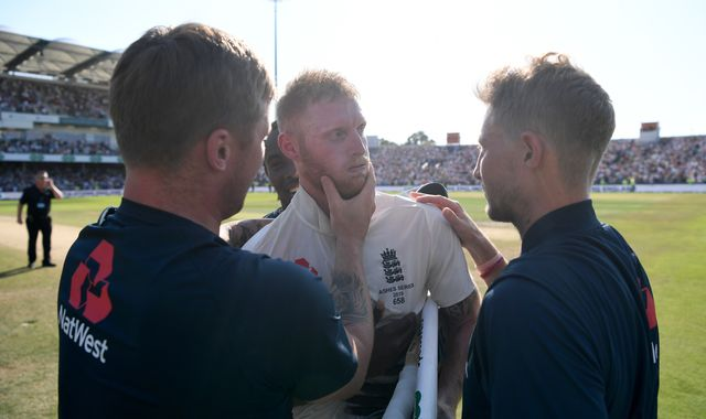 Ashes 2019: Joe Root hails 'outrageous' Ben Stokes for keeping series 'alive and kicking'