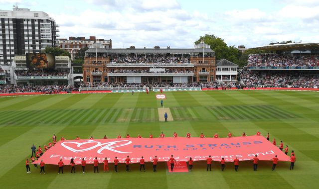 Lord's turns red in aid of Ruth Strauss Foundation on day two of second Ashes Test
