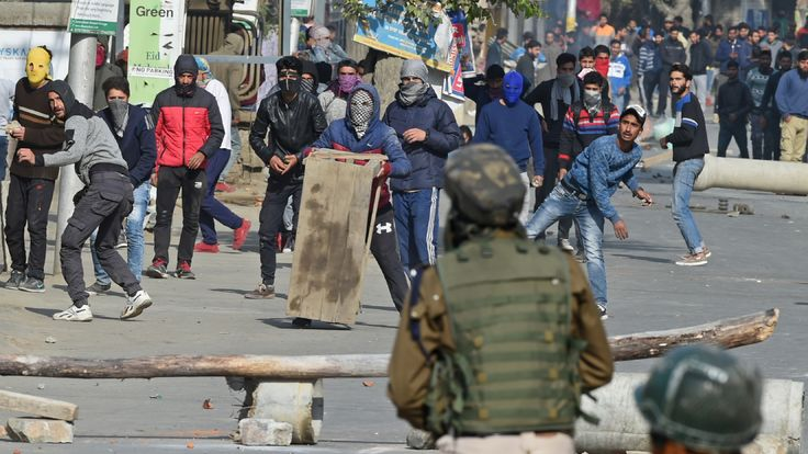 Kashmiri protesters clash with Indian security forces in  October 2018