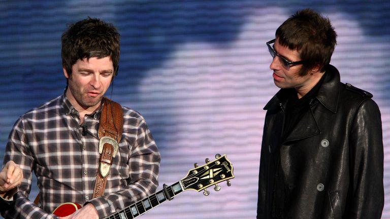 Noel Gallagher: 'Moron' Liam's tweets make Oasis reunion unlikely