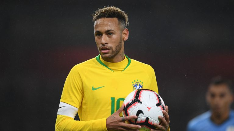 LONDON, ENGLAND - NOVEMBER 16:  Neymar JR of Brazil during an International Friendly between Brazil and Uruguay at Emirates Stadium on November 16, 2018 in London, England.  (Photo by Stuart MacFarlane/Arsenal FC via Getty Images)