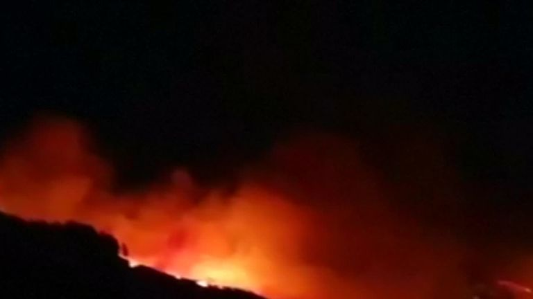 Hundreds of people have been evacuated after a huge fire broke out on the holiday island of Gran Canaria