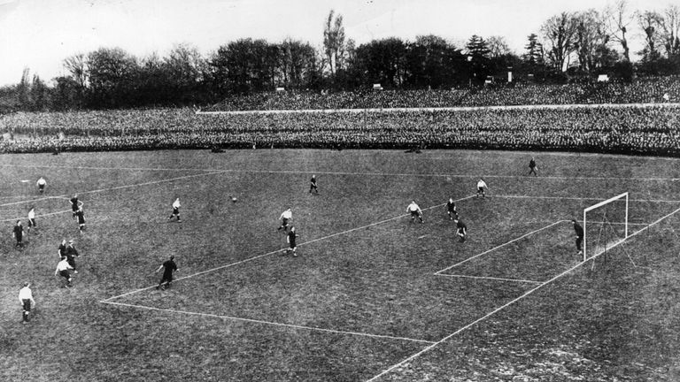 The 1903 FA Cup final saw Bury triumph 6-0 over Derby