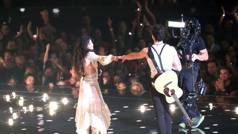 Shawn Mendes and Camila Cabello fuelled rumours with their performance of Senorita