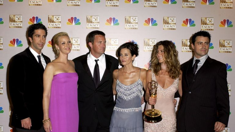 L-R: Friends cast - David Schwimmer (Ross), Lisa Kudrow (Phoebe), Matthew Perry (Chandler), Courteney Cox (Monica), Jennifer Aniston (Rachel) and Matt LeBlanc (Joey)