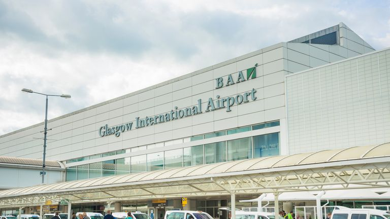 Two pilots were arrested before a flight from Glasgow airport