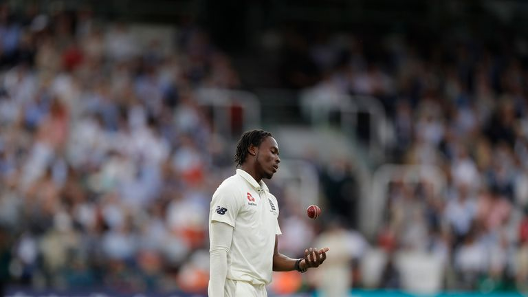 Jofra Archer prepares to bowl