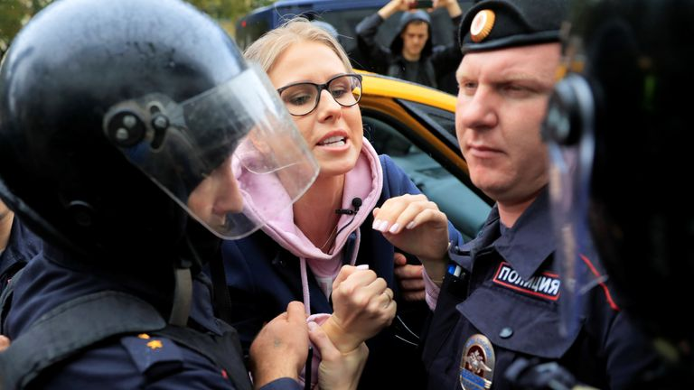 Opposition politician Lyubov Sobol getting detained before the protests expected to gather thousands on Saturday