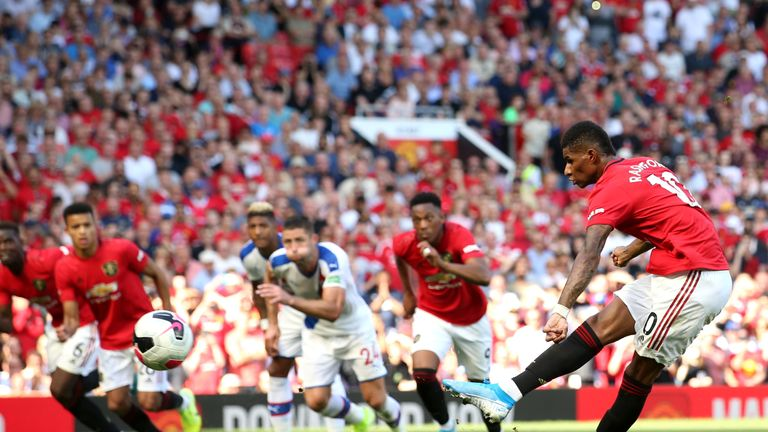 Rashford's penalty hit a post with Manchester United trailing 1-0