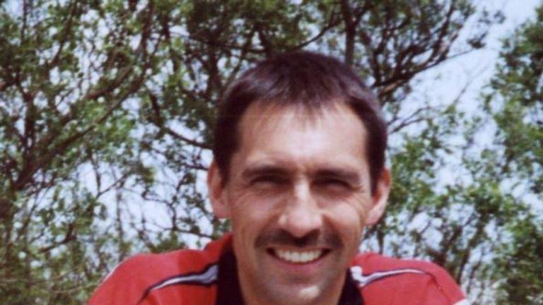 PC Stephen Robin Oake died in 2003