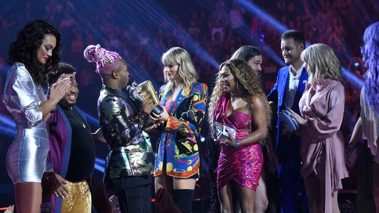 Taylor Swift collects the best video award with Todrick Hall, the co-producer