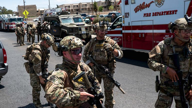 'Multiple fatalities' in Texas mall shooting - police