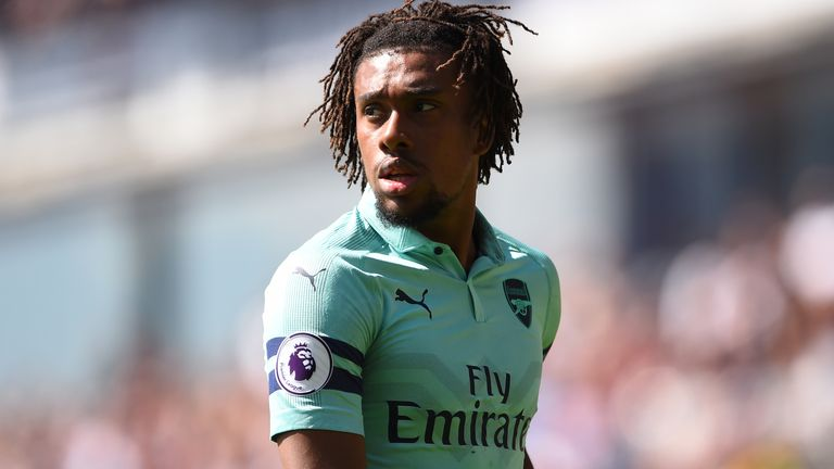 Everton boss Marco Silva says Alex Iwobi's versatility presents him with plenty of attacking options but he is demanding more goals from his new recruit