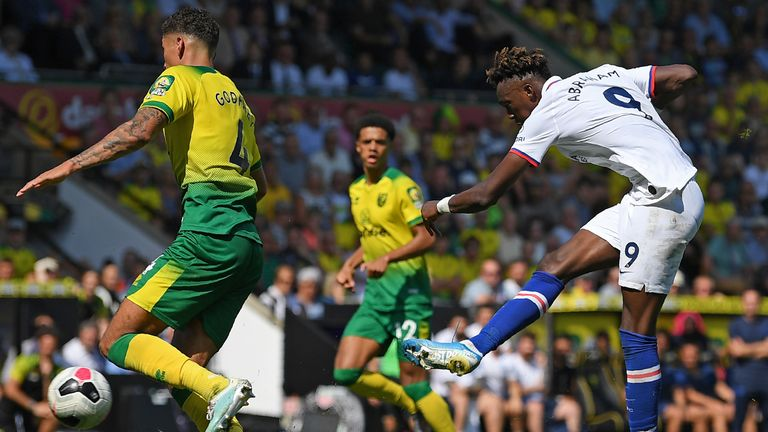 Tammy Abraham scores his second and Chelsea's third goal at Carrow Road