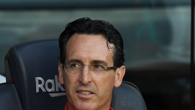 Arsenal head coach Unai Emery says he will not worry about the past when he takes his team to Anfield to face Liverpool.