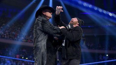 Undertaker chokeslams Zayn