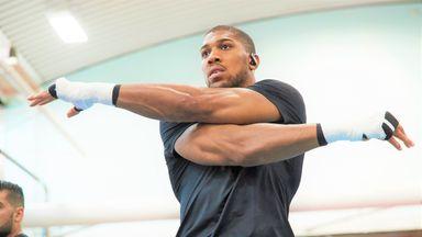 Hearn: AJ set to spar Chisora