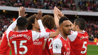 'Arsenal should aim for top two'