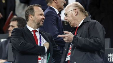 Man Utd fans condemn Woodward attack