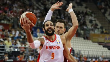 Rubio leads Spain into semi-finals