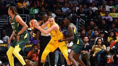 WNBA: Storm 68-102 Sparks