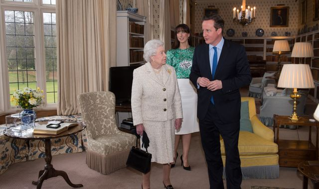 David Cameron wanted the Queen''s help to stop Scottish independence