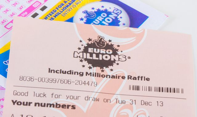 EuroMillions rolls over for 18th time as jackpot nears £167m limit