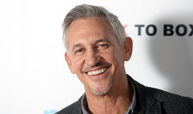 Gary Lineker 'volunteers to cut £1.75m BBC salary'
