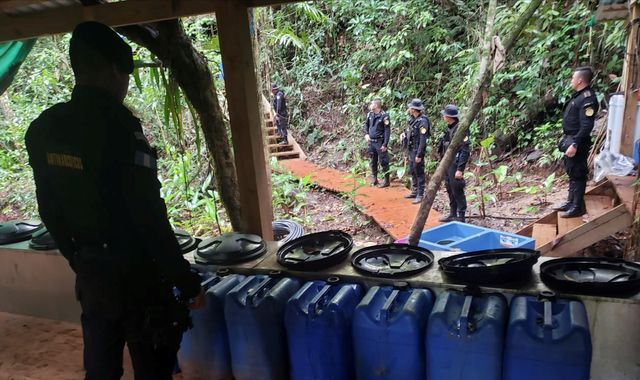 Guatemala admits being a cocaine-producing nation after labs discovered