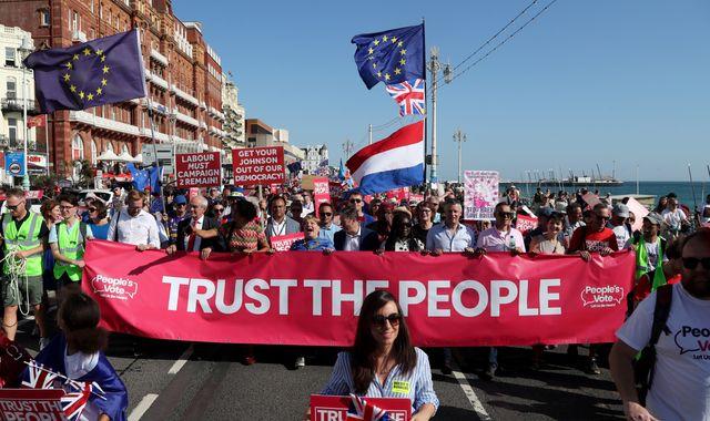Labour could wait until after election to decide position on second Brexit referendum