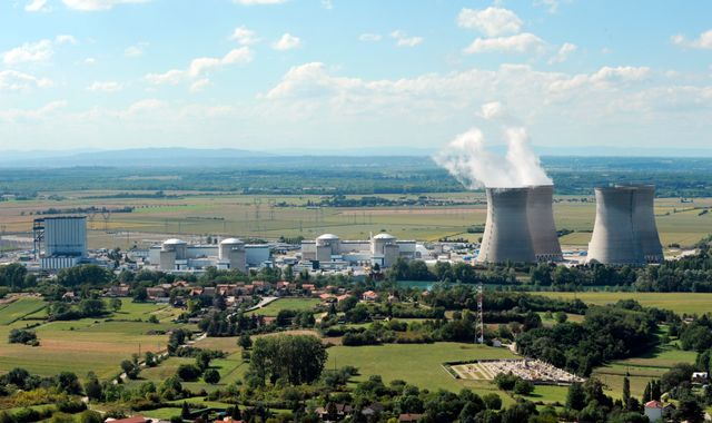 France to give iodine tablets to more people living near nuclear plants