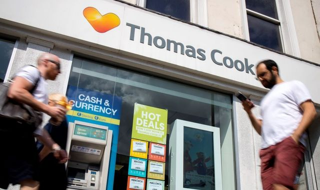 Rescue hopes fade as Thomas Cook slides towards collapse