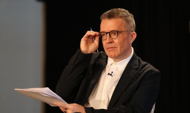 'Shameful' motion to oust Tom Watson withdrawn after backlash