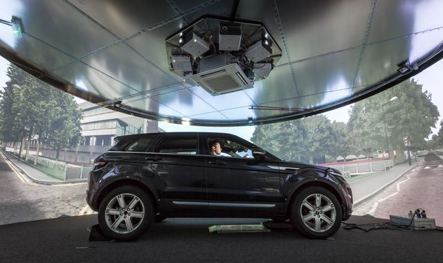 5G provides breakthrough for driverless car tests