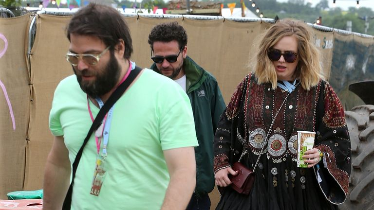 GLASTONBURY, ENGLAND - JUNE 27:  Adele and Simon Konecki at the Glastonbury Festival at Worthy Farm, Pilton on June 27, 2015 in Glastonbury, England.  (Photo by Danny Martindale/WireImage)