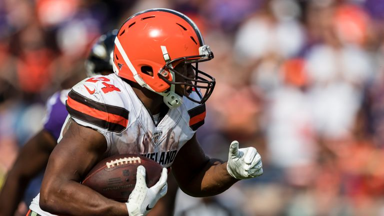 Watch every one of Cleveland Browns' running back Nick Chubb's best runs against the Baltimore Ravens