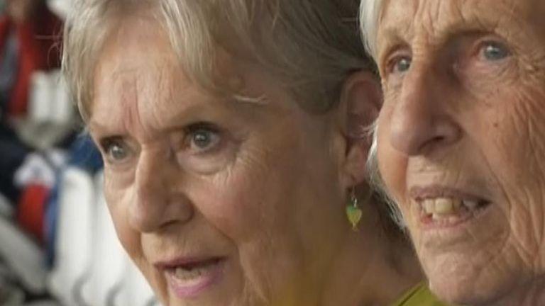 Cricket helps dementia sufferers