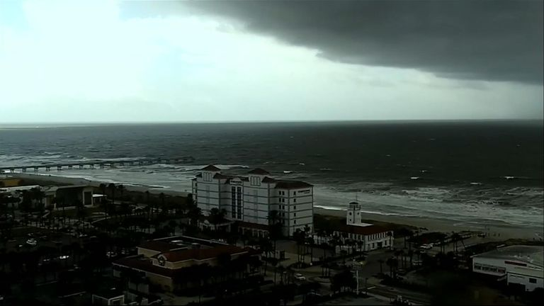 Time-lapse video from Jacksonville Beach in Florida looking out in the direction of looming Hurricane Dorian.