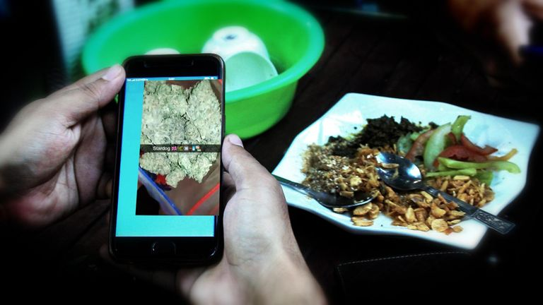 Social media platforms are increasingly being used as a market place for illicit drugs